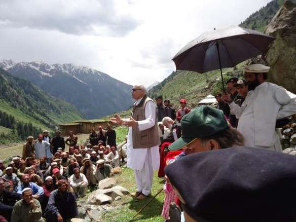 Unveiled_The_Kohistan_Video_Scandal_3_-_Commissioners_speak_with_Villagers